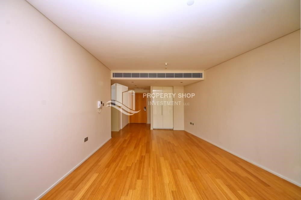 Dining Room - available for rent with fantastic community!